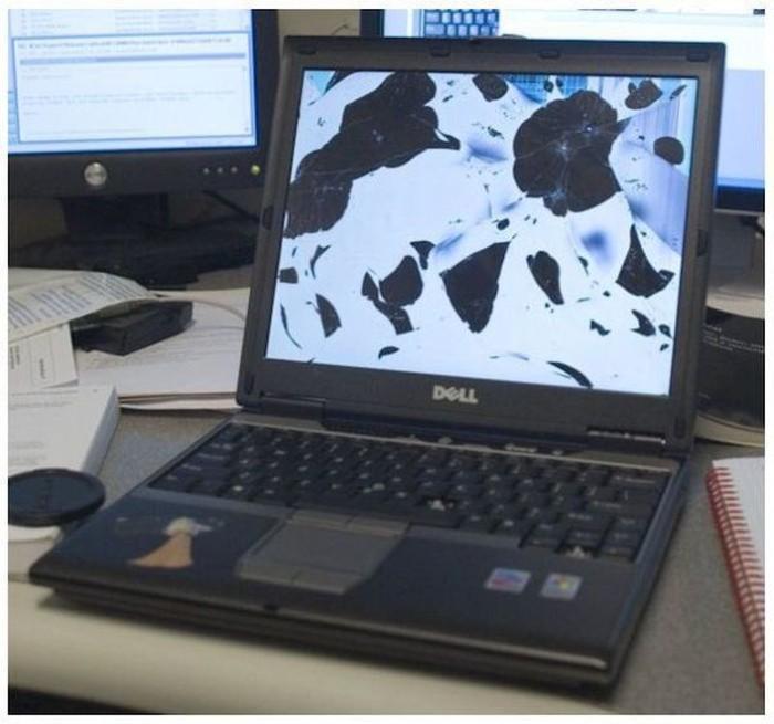 Розбитий екран ноутбука